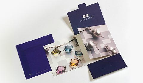 Diseñar folleto con sobre creativo para joyería
